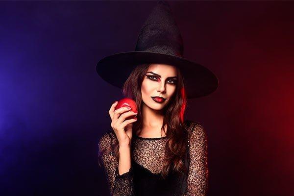 Maquillaje de Halloween mujer bruja