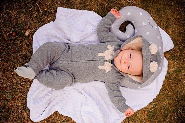 Abrigar a tu bebé para sus paseos