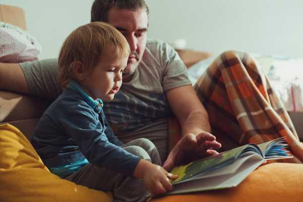 Leer cuento antes de dormir