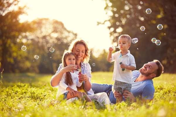 Razones para ser feliz, Familia