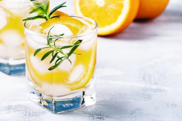 agua-naranja-romero