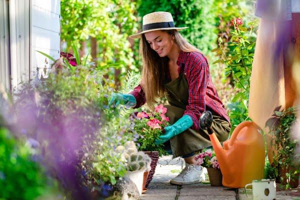 cuidado-jardin-plantas