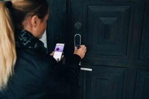 Protege-tu-hogar-cerradura-electronica