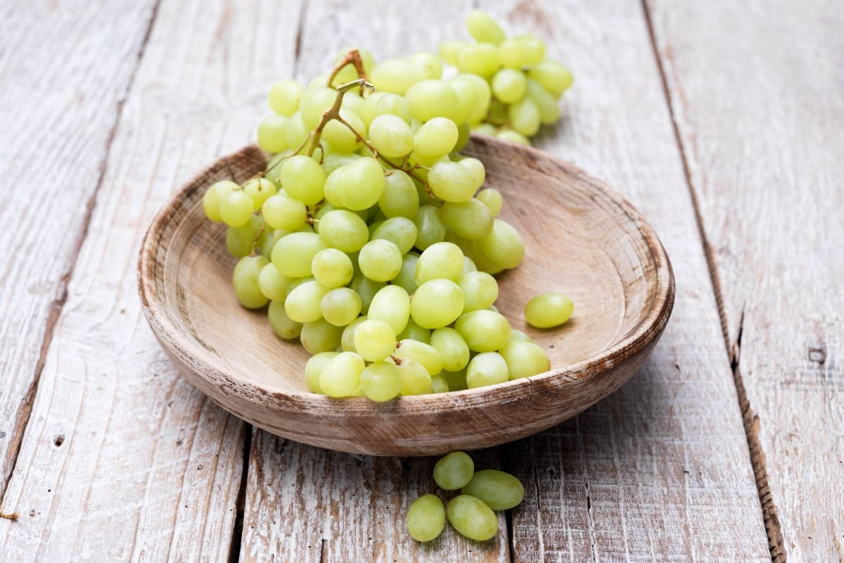 Conoce-los-tipos-de-uvas-blancas