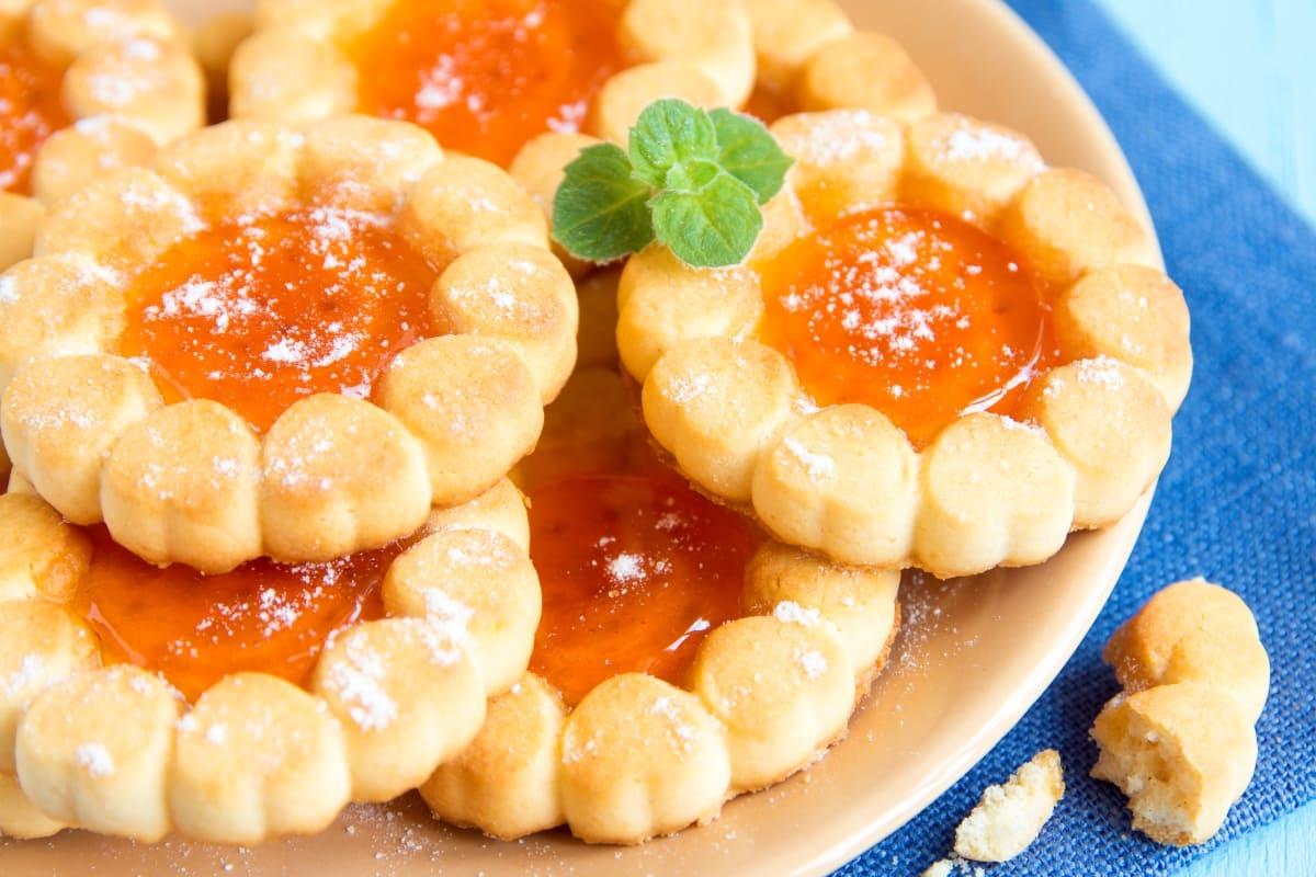Deliciosas-galletas-con-mermelada