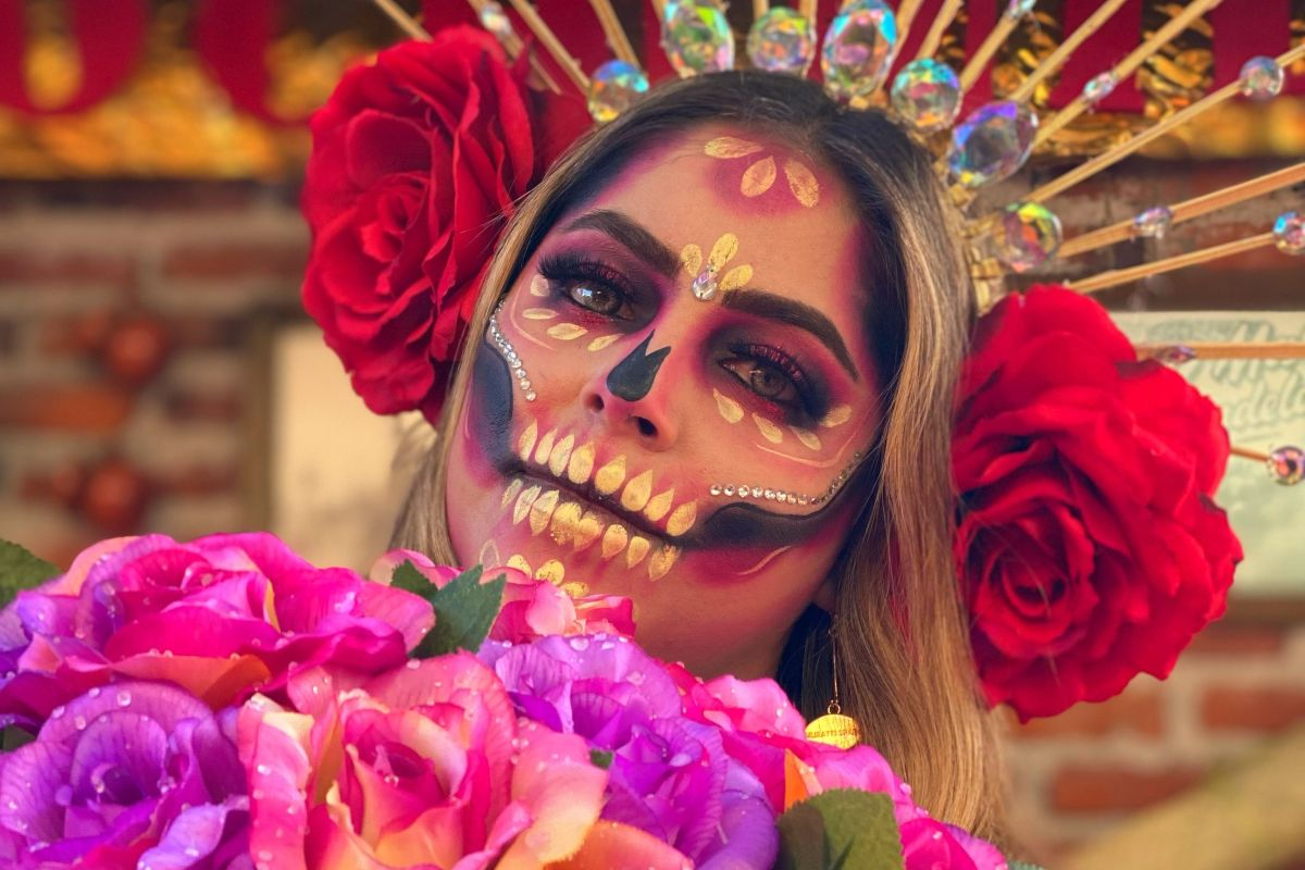 Maquillaje-de-catrina-tutorial-facil-para-Dia-de-Muertos
