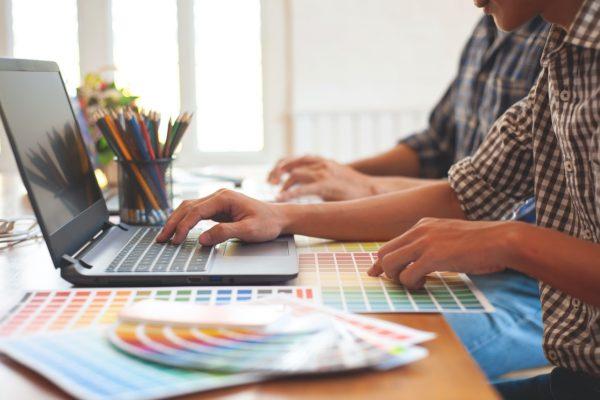 laptop para estudiantes de diseño
